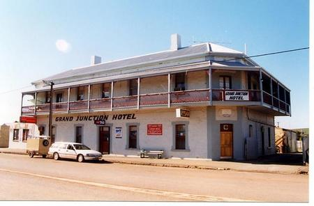 Grand Junction Hotel - Accommodation Fremantle