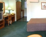 Young Federation Motor Inn - Accommodation Fremantle