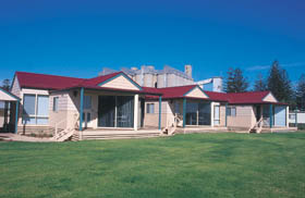 The Mac's Beachfront Villas - Accommodation Fremantle