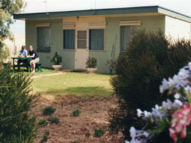 Oaklands Fishing Cottage - Accommodation Fremantle