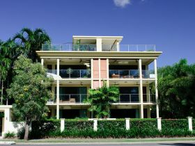 Cairns Beachfront Apartment - Accommodation Fremantle