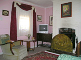 Hollyhock Cottage - Accommodation Fremantle