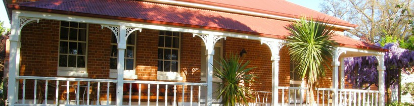 Araluen Old Courthouse Bed and Breakfast - Accommodation Fremantle