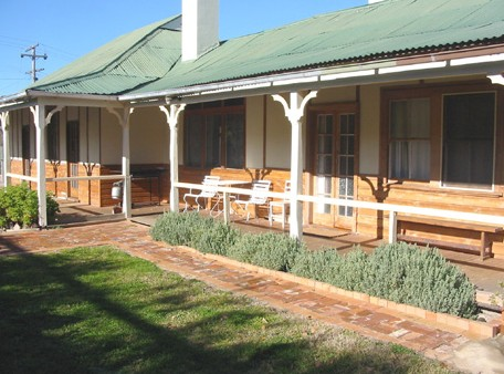 Gundagai Historic Cottages Bed and Breakfast - Accommodation Fremantle
