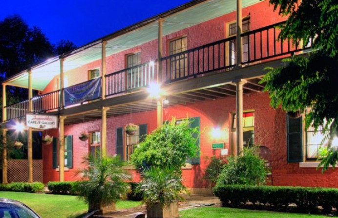 Anoushka's Boutique Bed and Breakfast - Accommodation Fremantle