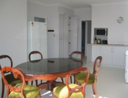 Olas Holiday House - Accommodation Fremantle