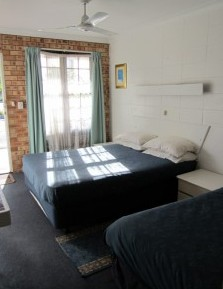 Surf Street Motel - Accommodation Fremantle