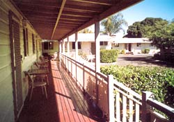 Bottle Tree Gardens Motel - Accommodation Fremantle
