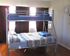 Surf N Sun Beachside Backpackers - Accommodation Fremantle