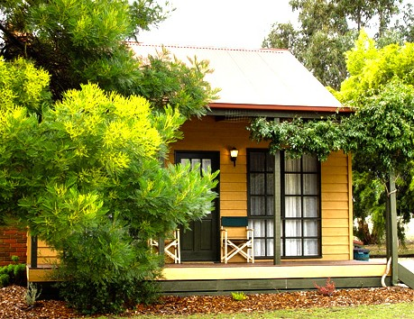 Mountain View Motor Inn and Holiday Lodges - Accommodation Fremantle