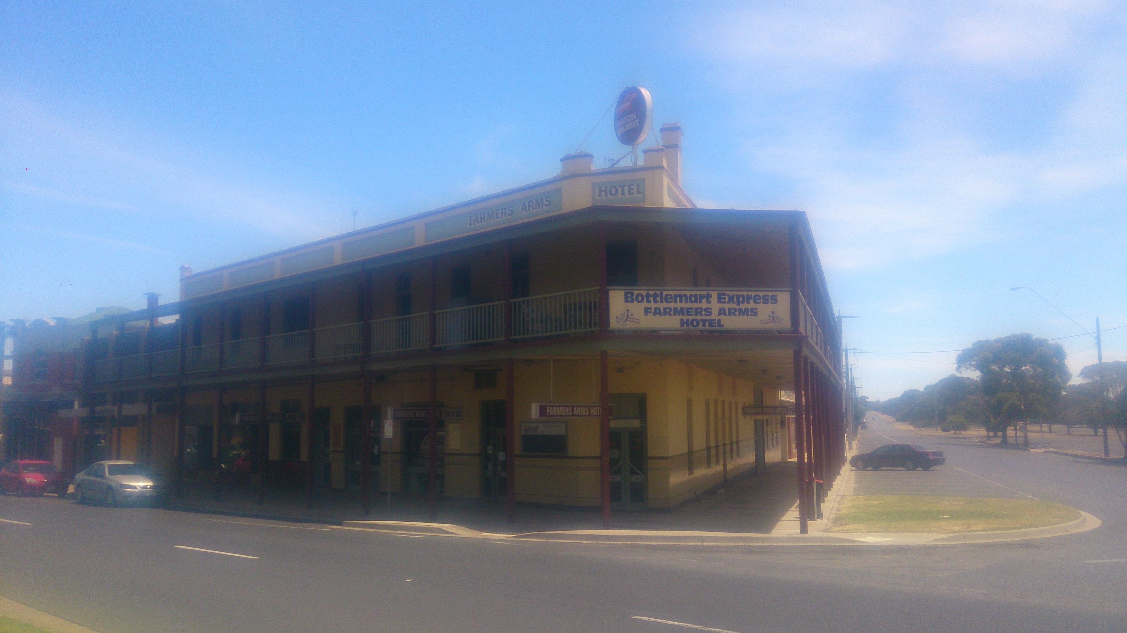 Farmers Arms Hotel - Accommodation Fremantle