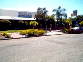 Royal Hotel Resort - Accommodation Fremantle
