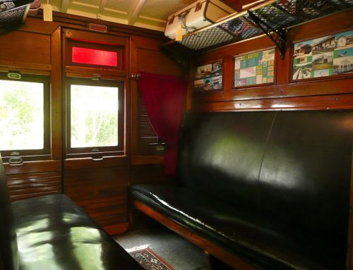 Mt Nebo Railway Carriage amp Chalet - Accommodation Fremantle