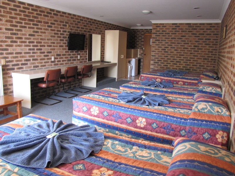 Big Trout Motor Inn - Accommodation Fremantle