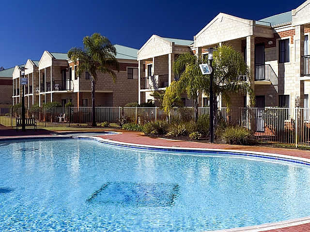 Country Comfort inter City Hotel  Apartments - Accommodation Fremantle