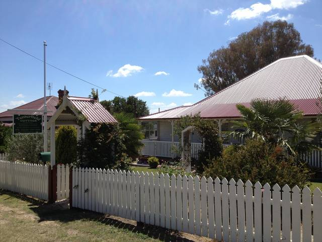 Tenterfield Luxury Historic c1895 Cottage - Accommodation Fremantle