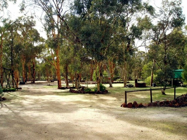 Toodyay Holiday Park  Chalets - Accommodation Fremantle