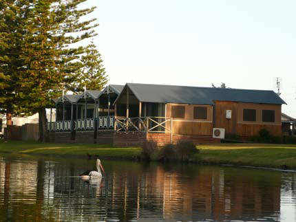 Two Shores Holiday Village - Accommodation Fremantle