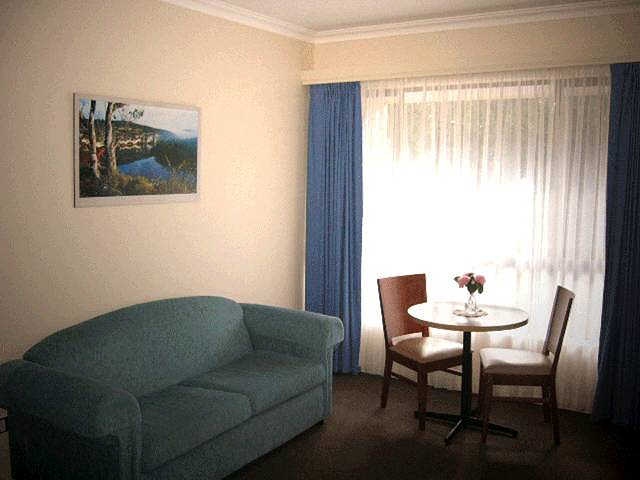 Victoria Lodge Motor Inn  Serviced Apartments - Accommodation Fremantle