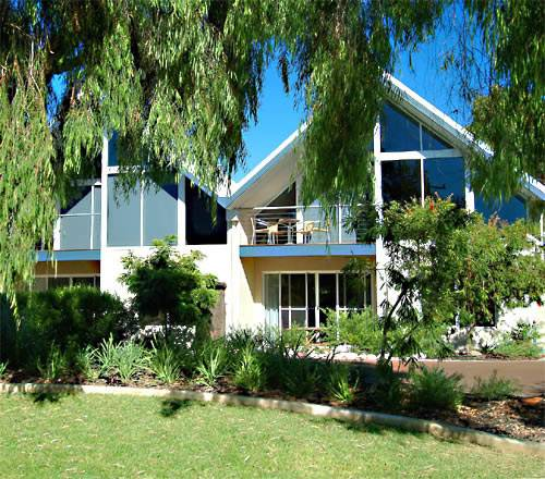 White Sands Holiday Villas - Accommodation Fremantle
