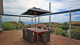 Coral Sands Seaview Beach House - Accommodation Fremantle
