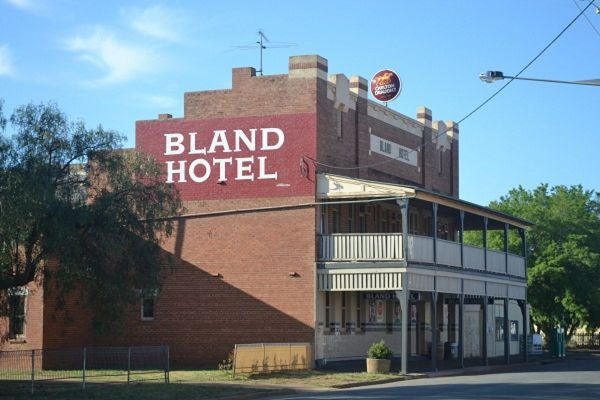 Bland Hotel - Accommodation Fremantle