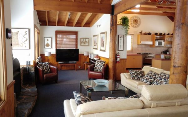 Cloud 9 Alpine Lodge - Accommodation Fremantle