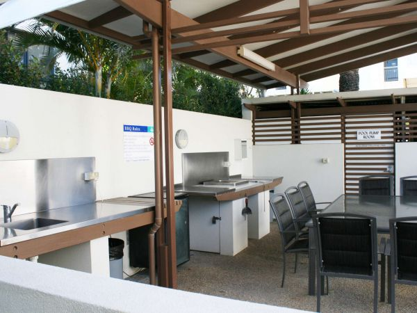 Indigo Blue Beachfront Holiday Apartments - Accommodation Fremantle
