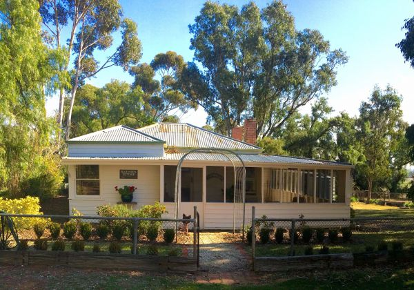 Lochinver Farm Homestead And Cottages - Accommodation Fremantle