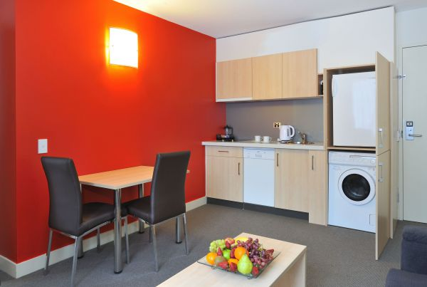 Metro Apartments On Bank Place - Accommodation Fremantle