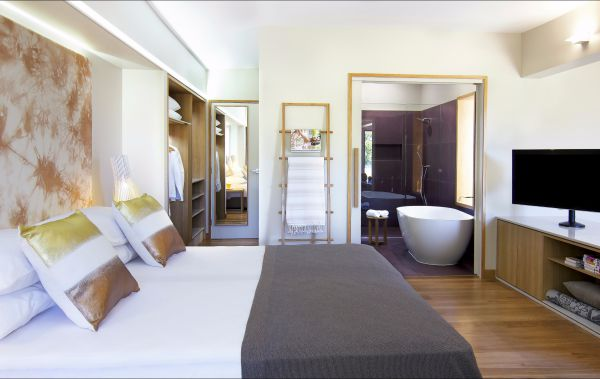 Elements of Byron - Accommodation Fremantle