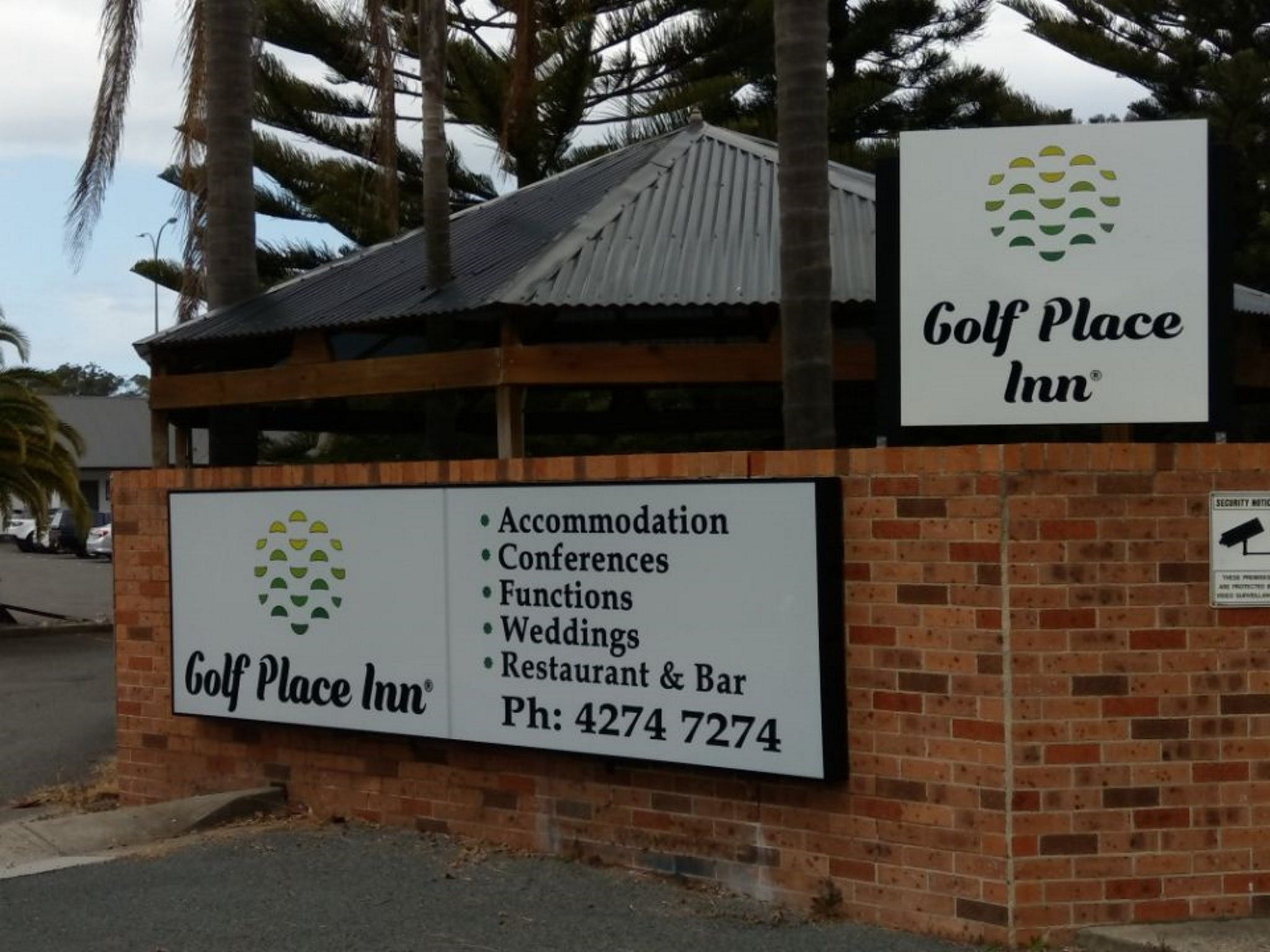 Golf Place Inn - Accommodation Fremantle