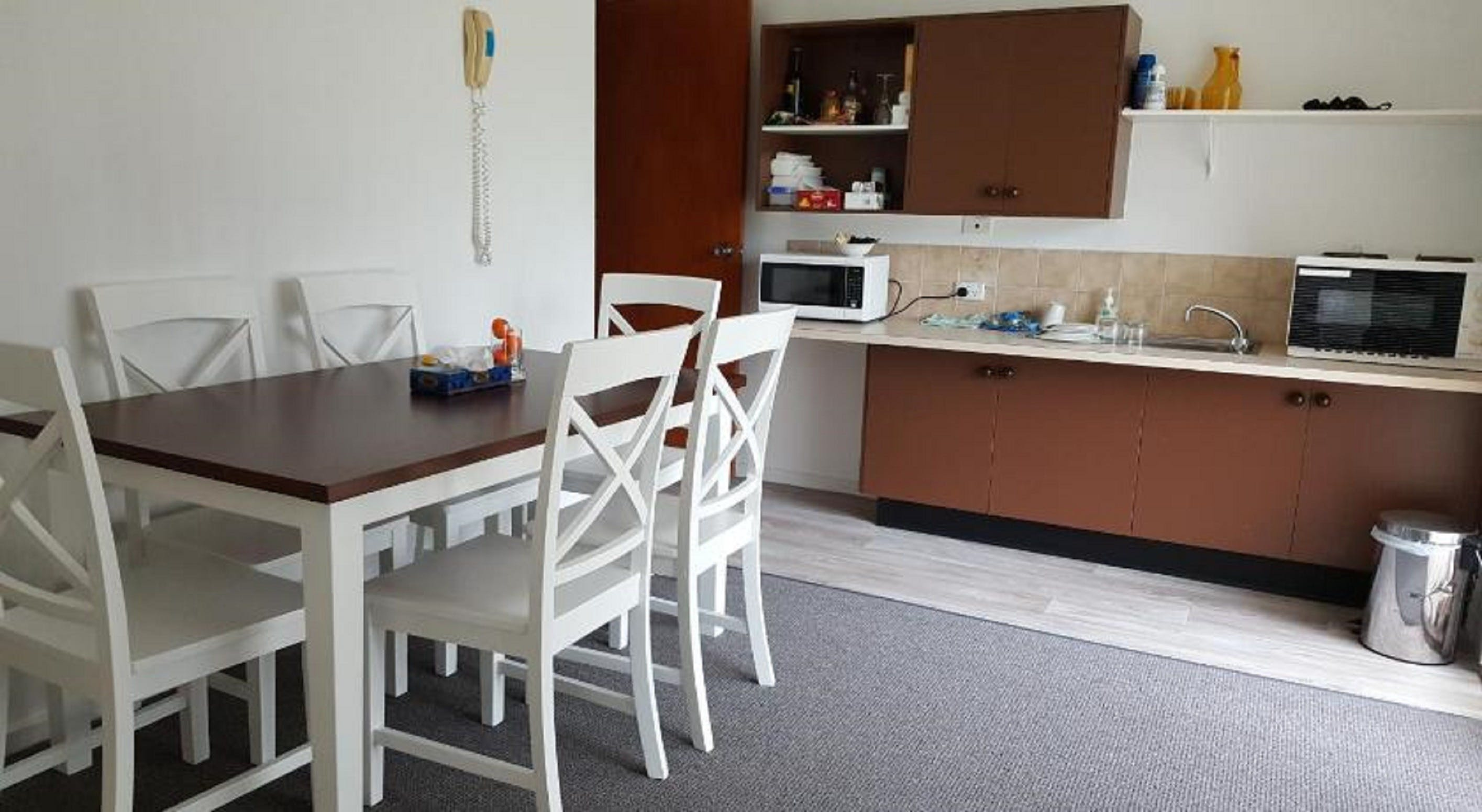Tabourie Lake Motor Inn - Accommodation Fremantle