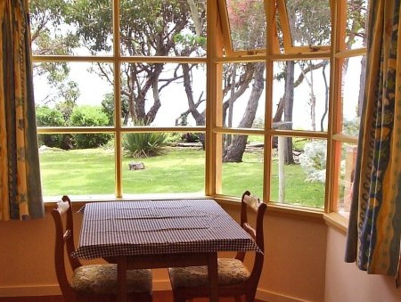 Anchlia Waterfront Cottage - Accommodation Fremantle