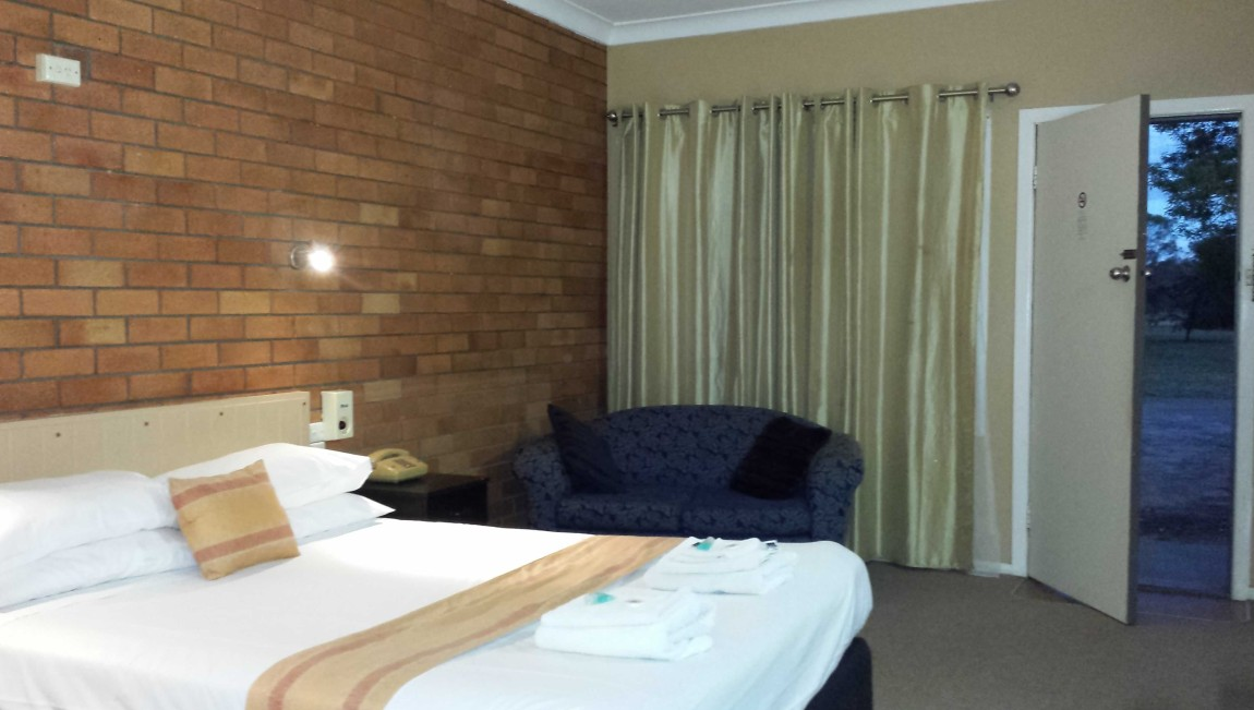 AA Hilldrop Motor Inn - Accommodation Fremantle