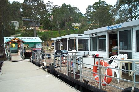 Clyde River Houseboats - Accommodation Fremantle