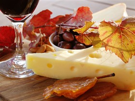 McLaren Vale Cheese and Wine Trail - Accommodation Fremantle