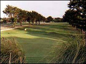 South Lakes Golf Club - Accommodation Fremantle