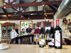 d'Arenberg Vineyard And Winery - Accommodation Fremantle