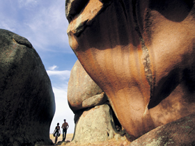 Murphy's Haystacks - Ancient Granite Rock - Accommodation Fremantle