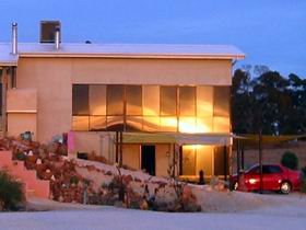 Mt Surmon Wines - Scarlattis Gallery - Accommodation Fremantle