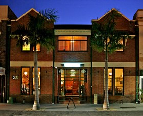 The Crosstown Eating House - Accommodation Fremantle