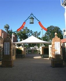 Gympie and Widgee War Memorial Gates - Accommodation Fremantle