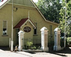 Montville Memorial Precinct - Accommodation Fremantle