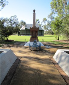 Mitchell War Memorial - Accommodation Fremantle