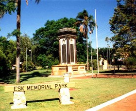 Esk War Memorial and Esk Memorial Park - Accommodation Fremantle