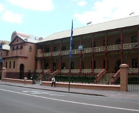 Parliament House - Accommodation Fremantle
