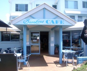 Breakers Cafe and Restaurant - Accommodation Fremantle