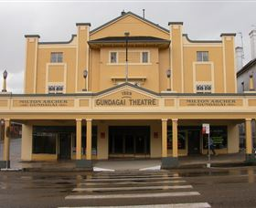 Gundagai Emporium - Accommodation Fremantle
