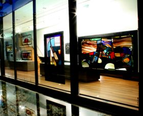 National Art Glass Collection - Accommodation Fremantle